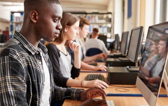 Enem Digital: a sua escola está preparando os alunos para esse modelo?